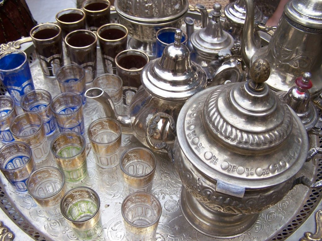 le thé et ses origines -service-thé-cityvol voyages