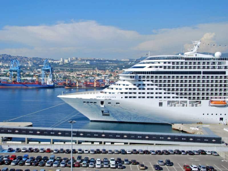port de marseille - départ ferries